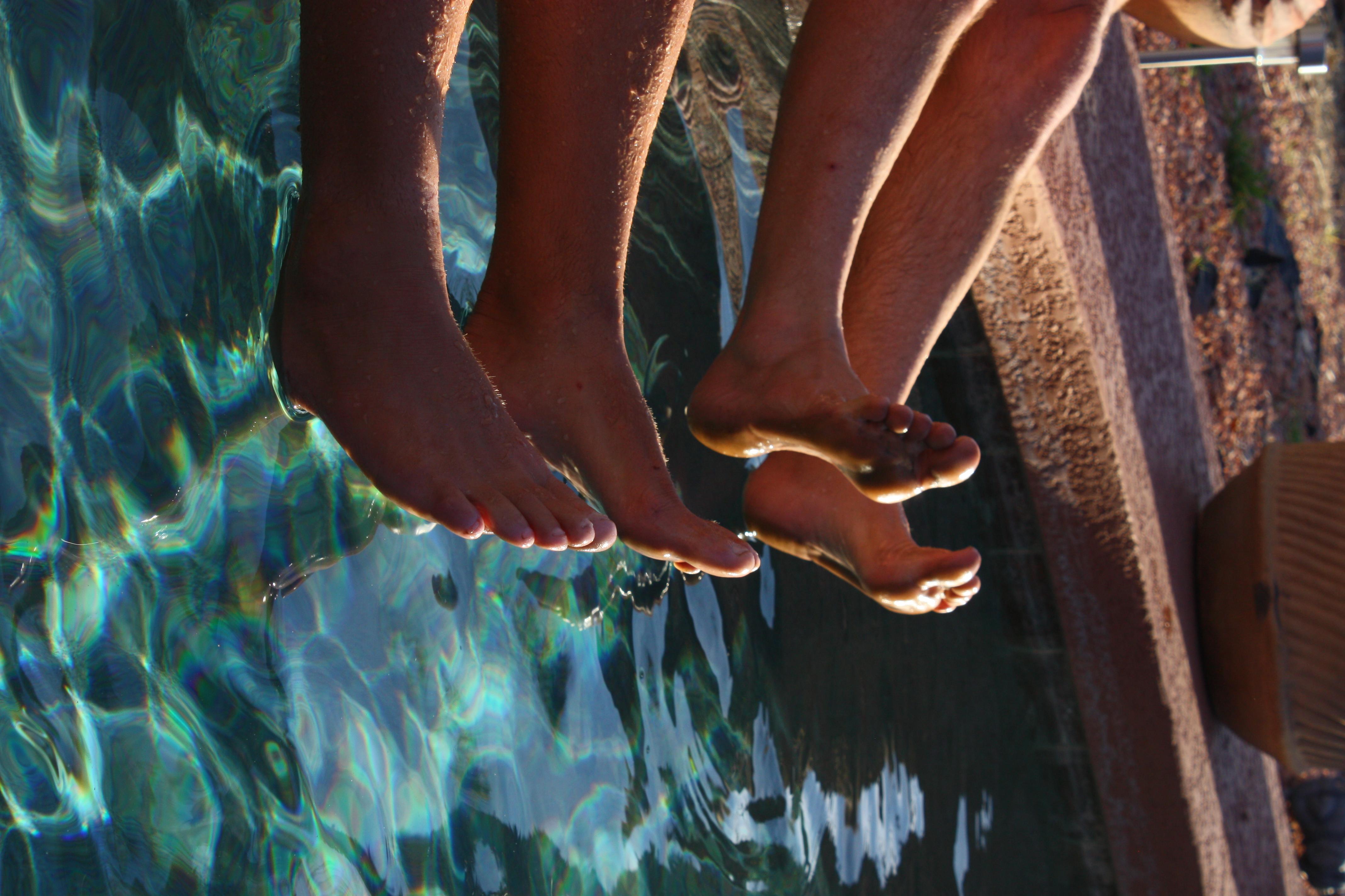 Todd's and Ken Bob's feet