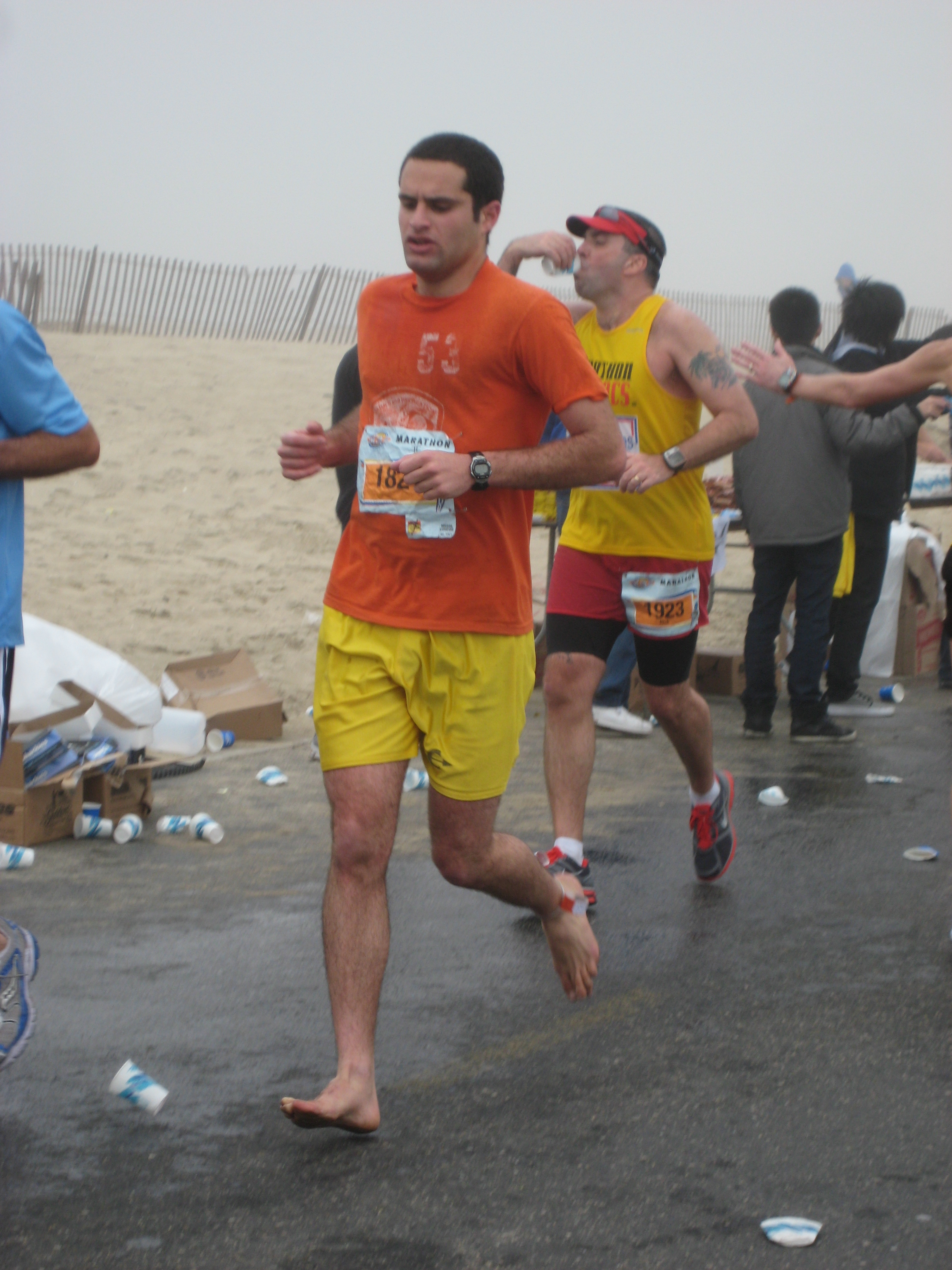 Jeremy Ovadia, Surf City Marathon (2011 February 6) Huntington Beach CA