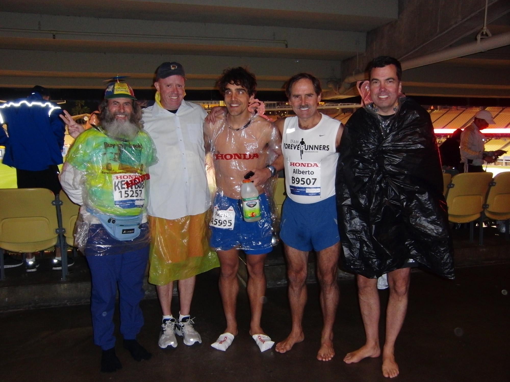 Ken Bob, Tom, Julian, Alberto, Craig (2011 March 20) Los Angeles Marathon
