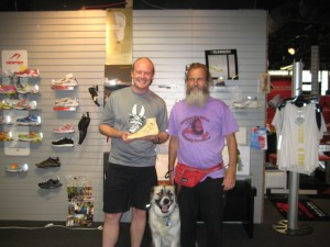 Duncan (holding an autographed bare foot , Herman, and Ken Bob 2010 May 24 Dallas TX