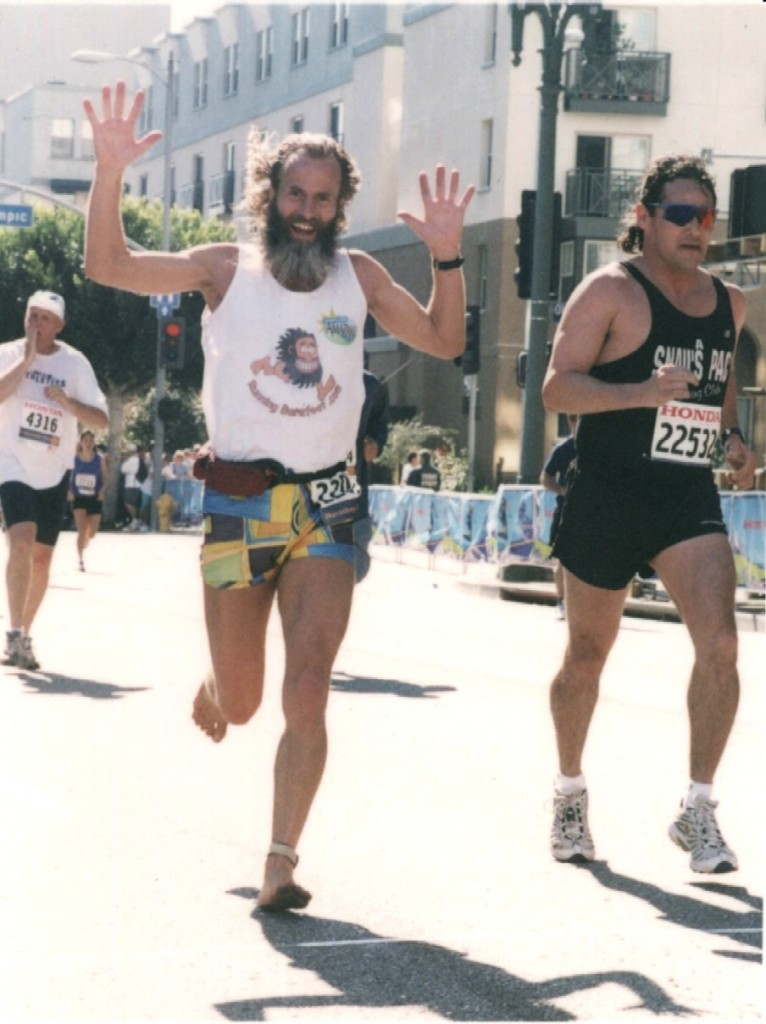 Ken Bob passing (not-so) Fast Eddie, LA Marathon 2002 March 3 Los Angeles CA
