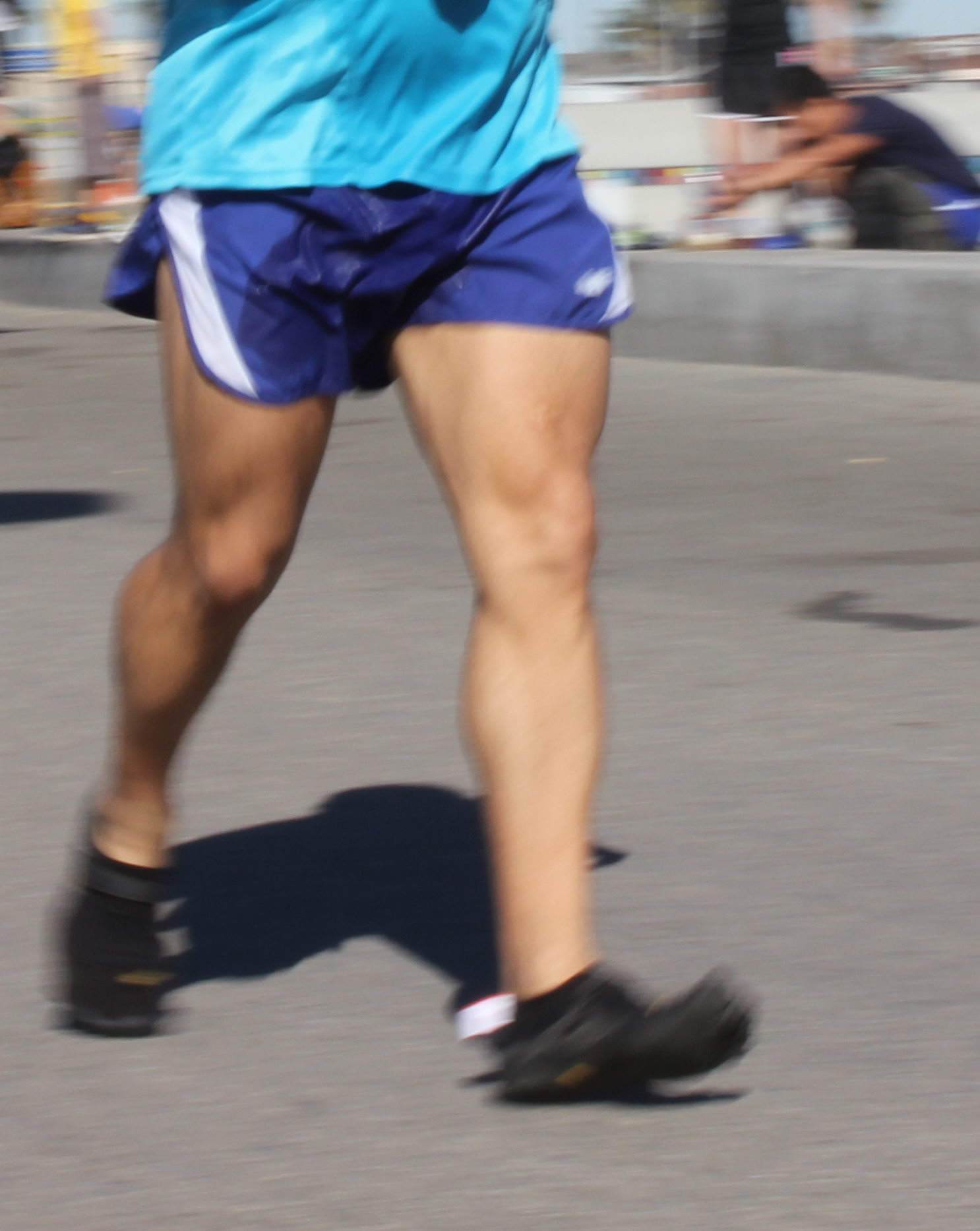 looks like a heel-strike --- in Vibrams (2012 February 5) Surf City Marathon