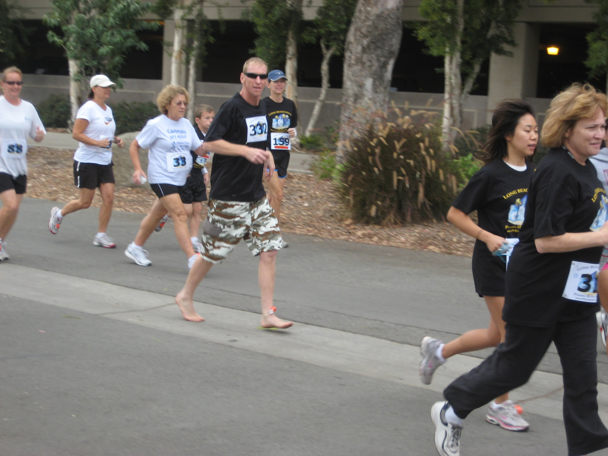 Kenneth McNeely (AKA Barefoot Kenny) Pyramid 5K ( 2009 November 8 ) Long Beach CA