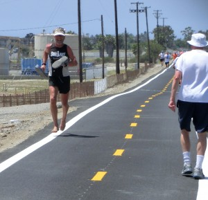 Dave Parsel took his Crocs off 1/2 mile into the race, Boeing 5K (2012 May 14) Seal Beach CA