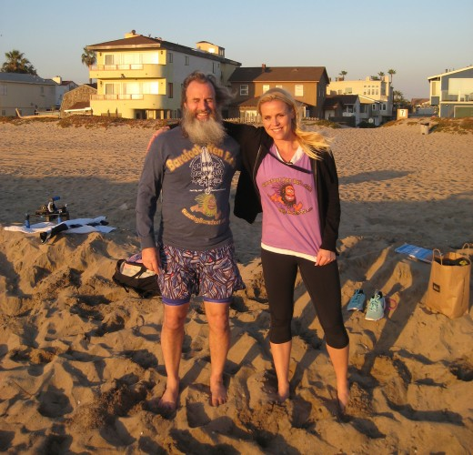 Barefoot Ken Bob and Johanna for Norway TV2 (2011 February 1) Sunset Beach CA