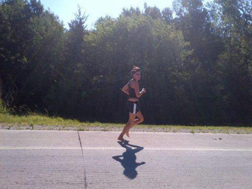 Rae Heim running across the United States
