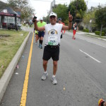 DSCN1191 Gilbert Varela, says Hi to Ted, runner #22525