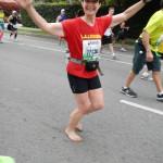 DSCN1204 Julia Stokes, barefoot runner #12136