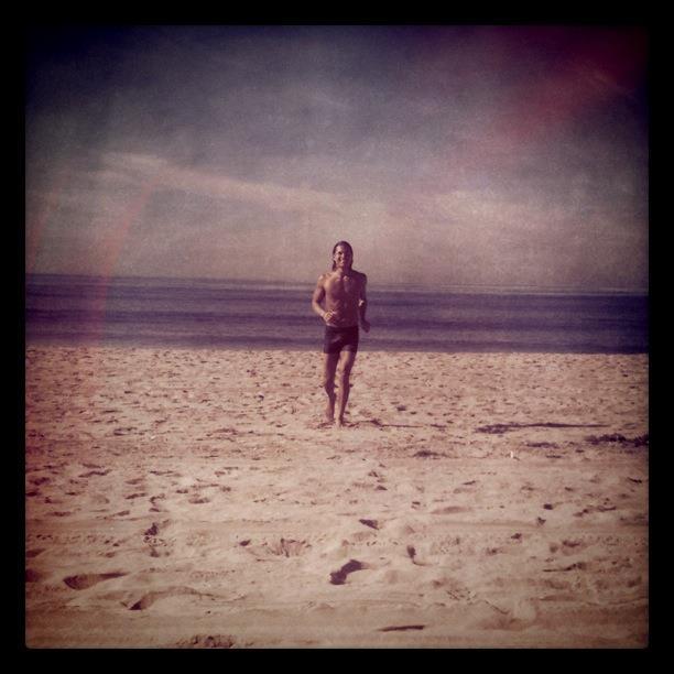 Adam Dave, beach
