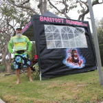 Barefoot Running canopy at 2014 Los Angeles Marathon mile-23