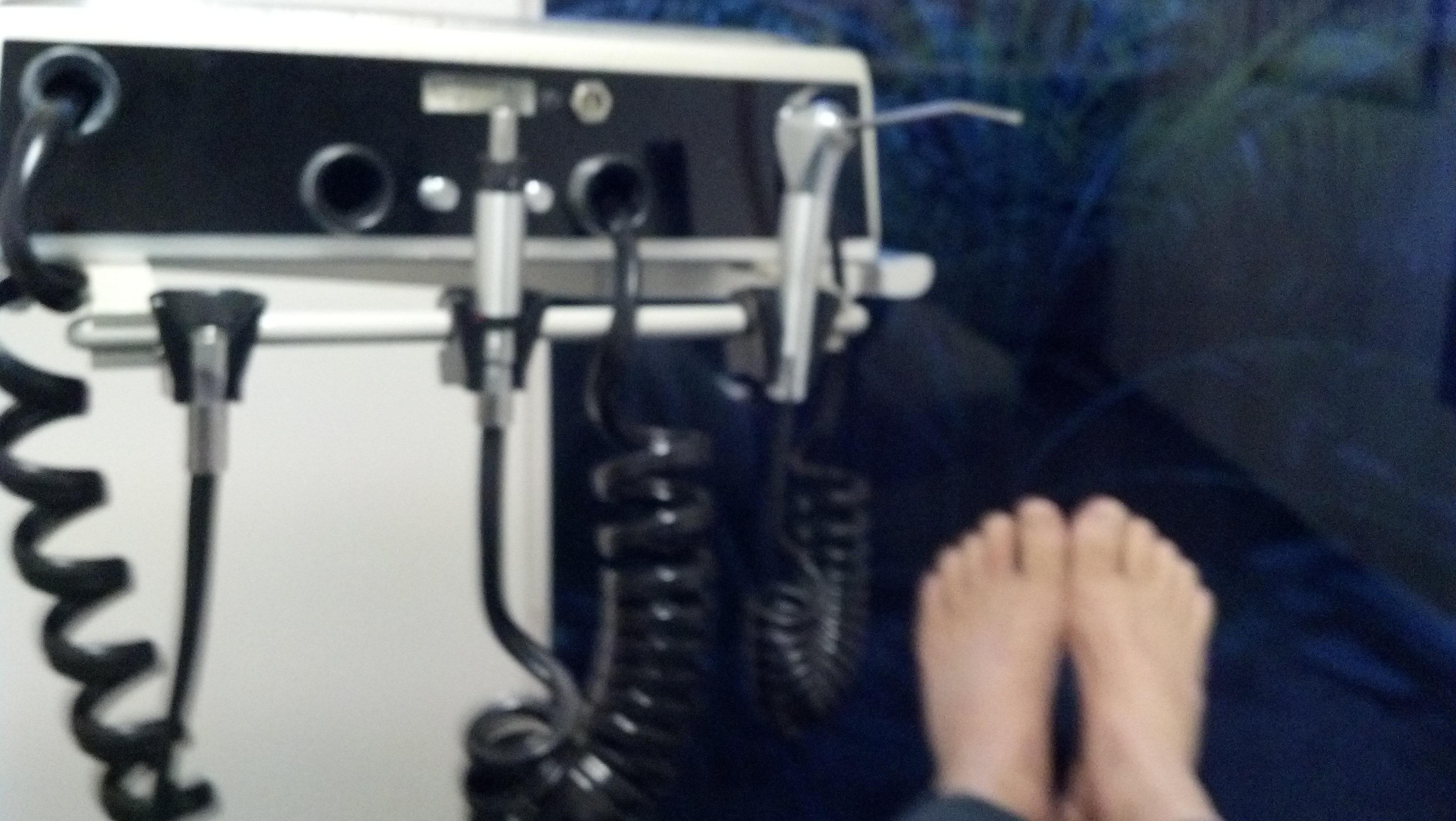 Ken Bob's feet 2012 November 02 at the dentist office